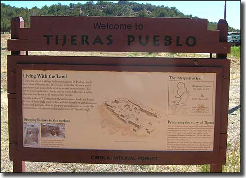 Welcome to Tijeras Pueblo sign