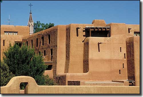 Adobe buildings in Santa Fe, along the Pre-1937 alignment route