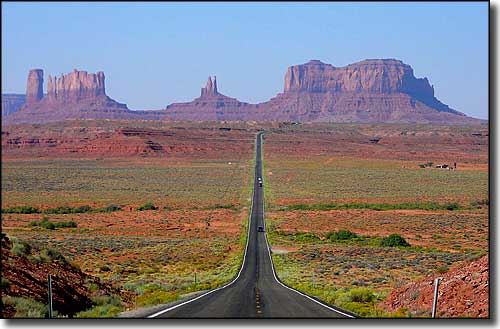 Heading down to Monument Valley from the north